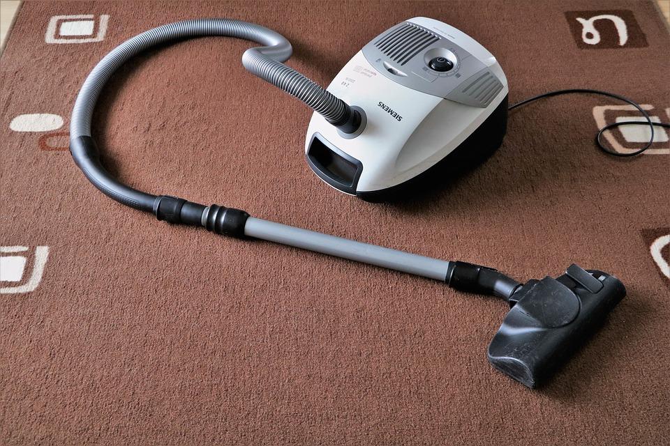 vacuum-cleaner-1605068_960_720