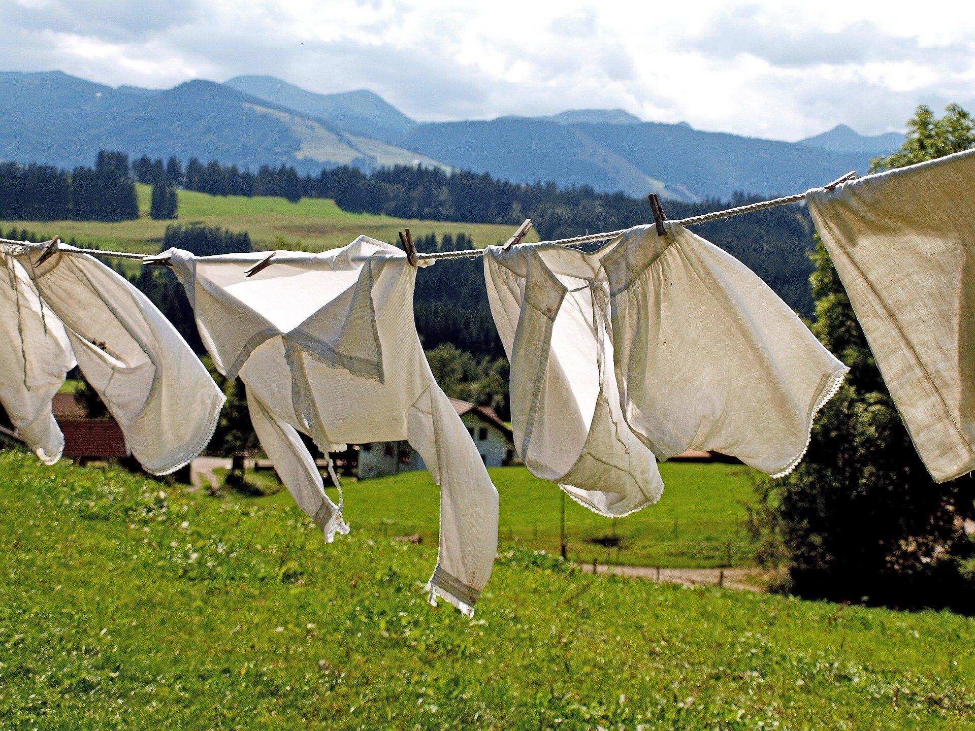 Claves para la ropa huela bien al lavarla